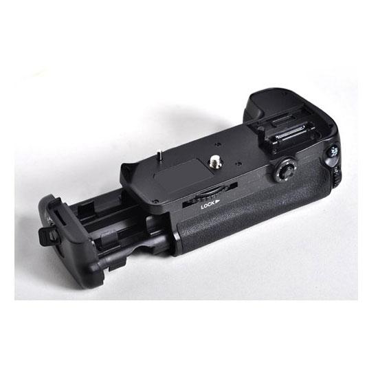 BG Aputure BP-D11 For D7000