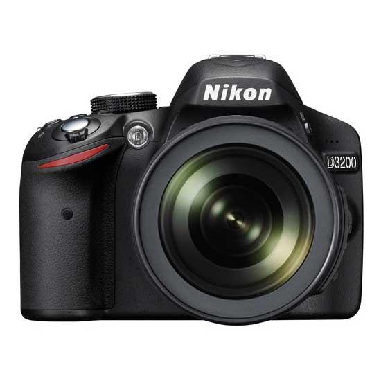 Nikon D3200 KIT with AF-S 18-105mm VR