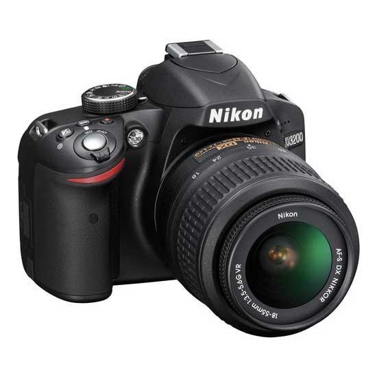 Nikon D3200 Kit Lensa AF-S 18-55mm VR II