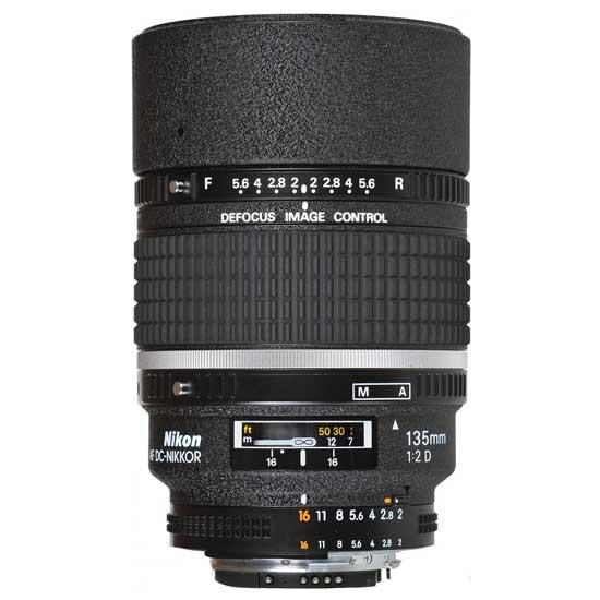 Nikon AF 135mm f2D DC-NIKKOR Lensa