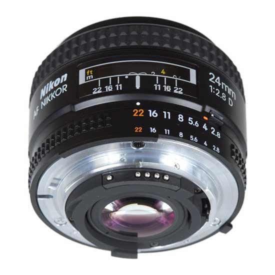Nikon AF 24mm f/2.8D Lensa