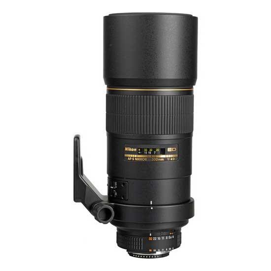 Nikon AF-S 300mm f4D IF-ED NIKKOR Lensa