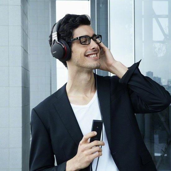 Sony NWZ-A15 Walkman Video MP3 Player