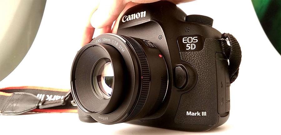 Canon EF 50mm f1.8 STM Lensa