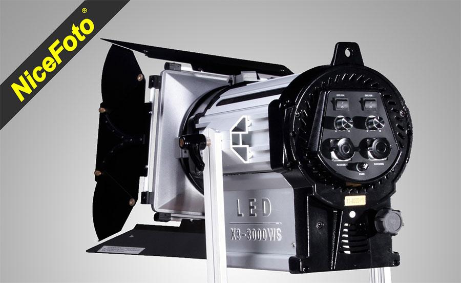 NiceFoto-Fresnel-Light-X3-3000WS-e