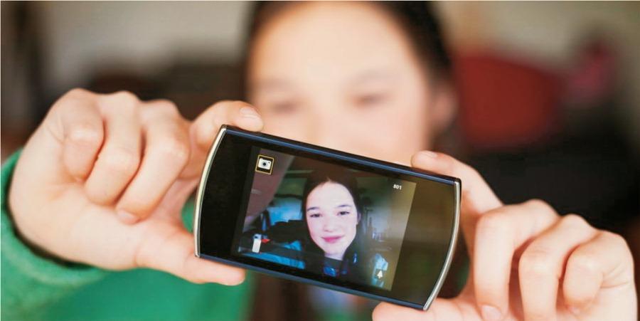 vlog-menggunakan-smartphone