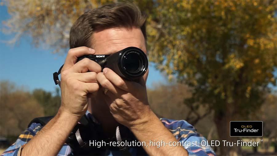 Jual Kamera Mirrorless Sony A6000 Kit 16-50mm Hitam Murah. Cek Harga Kamera Mirrorless Sony A6000 Kit 16-50mm Hitam disini, Toko Kamera Online Surabaya Jakarta - Plazakamera.com