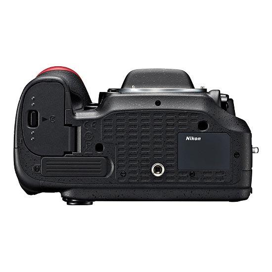jual Nikon D7100 Kit with AF-S 18-140mm VR