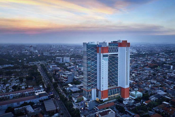 5 Spot Prewedding Atap Gedung di Surabaya oleh - komunitasfotografi.xyz